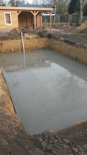 Zwembadvloer Aanleggen